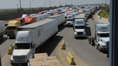 Photo of Trucks moved 63 percent of trans-border freight in March, up nearly $1 billion, according to data