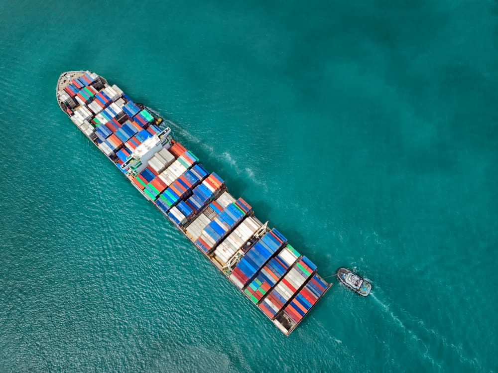 Trade wars and economic downturns among top supply chain risks (Photo: Shutterstock)