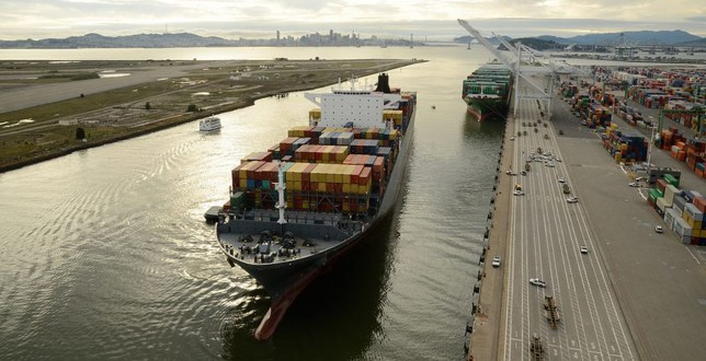 Oakland OKs container dray-off yard lease - FreightWaves