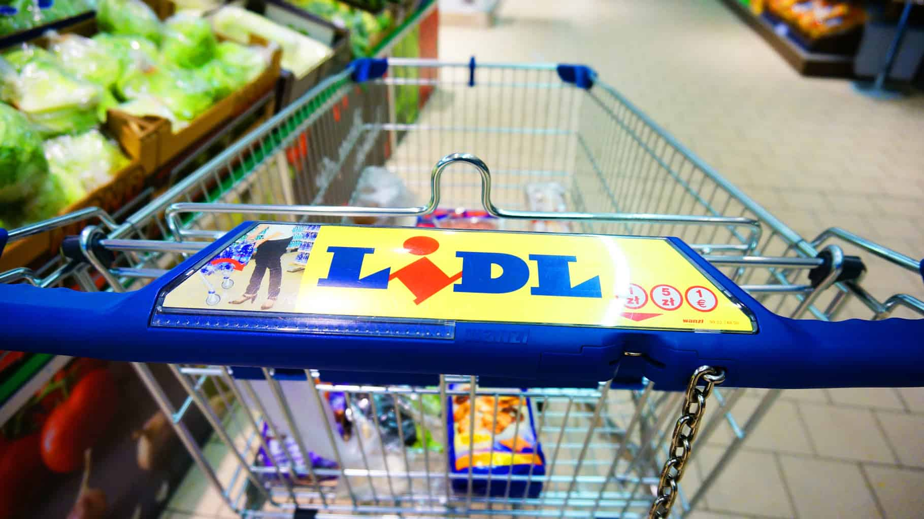 German supermarket chain Lidl is marrying the last-mile of offline and online shopping (Photo: Shutterstock)
