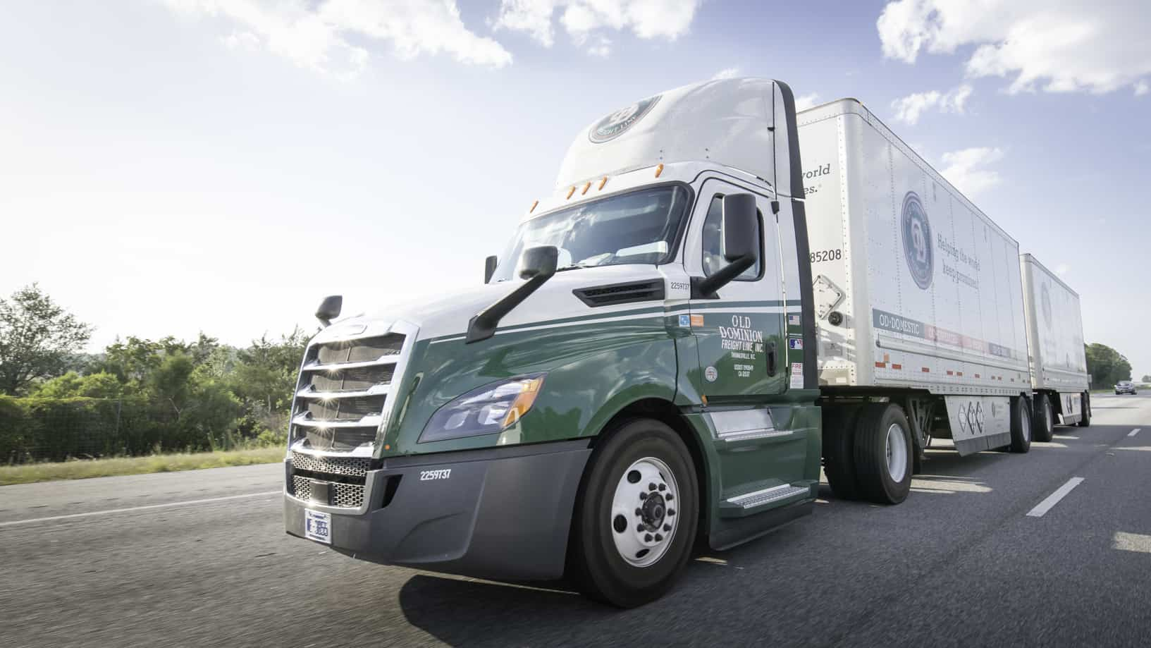 Old Dominion posts record quarterly revenue, EPS and ...