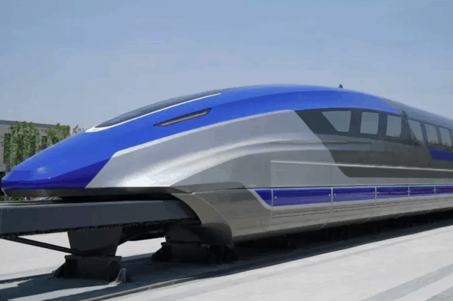 China unveils a train that cruises at 373 miles per hour (Photo: CRRC)