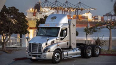 Photo of Freightliner tasks Team Run Smart ambassadors to talk up trucking careers