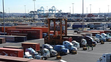Photo of New Jersey next to debate limits on trucking's use of owner-operators