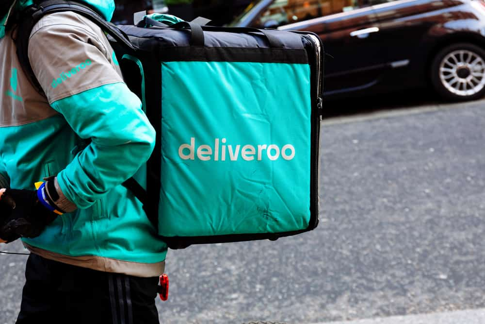 British regulatory body halts Amazon's investment in food delivery company Deliveroo (Photo: Shutterstock)