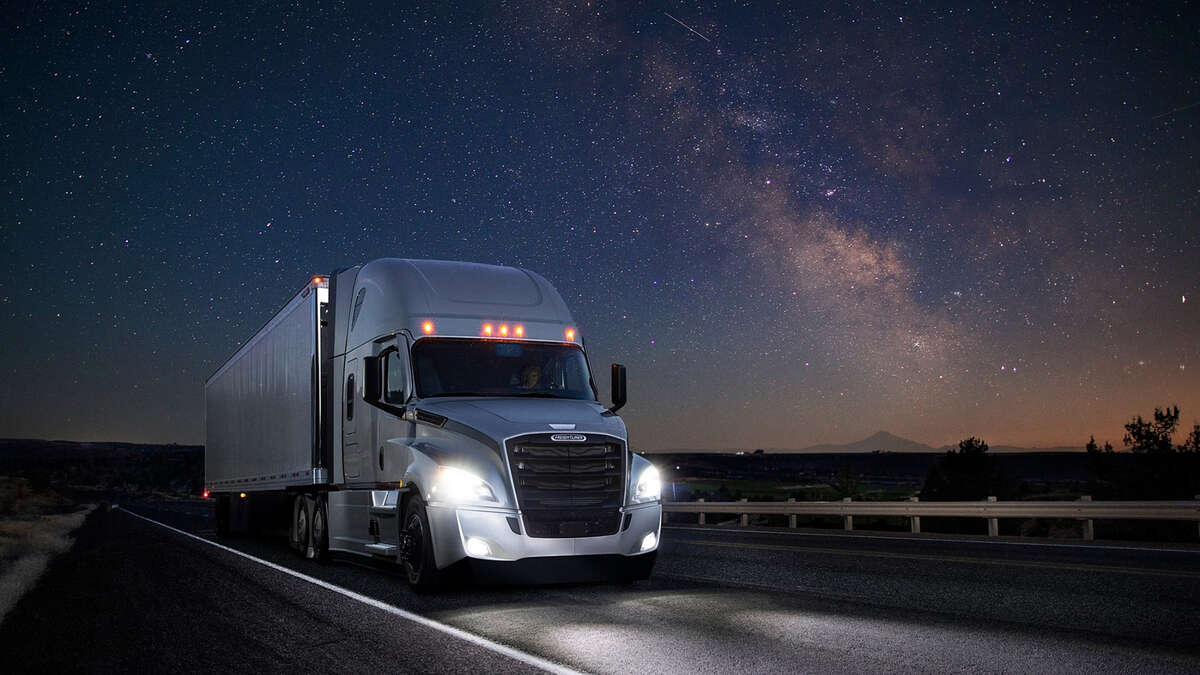 Best Trucking Companies For New Drivers 2020 2020 Freightliner Cascadia evolves into technological tour de