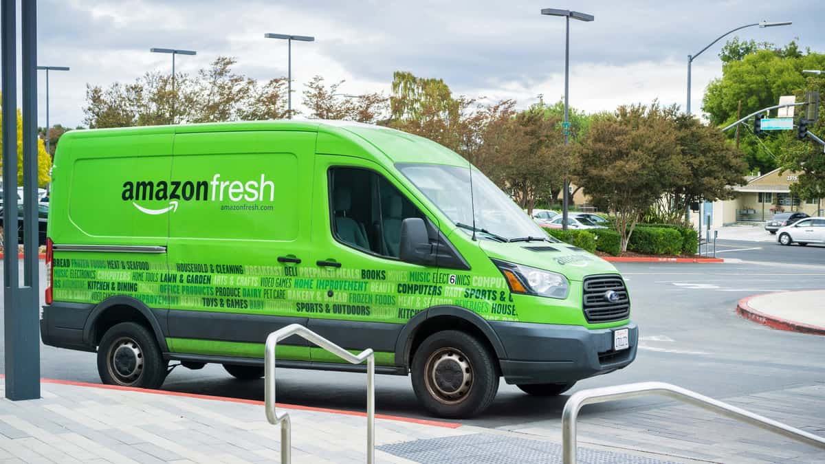 Ecommerce delivery does not increase carbon emissions, but weekly supermarket runs do (Photo: Shutterstock)