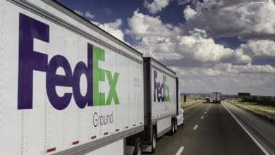 Photo of Pound ground: FedEx draws line in the sand, tells Amazon to drive off