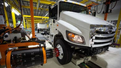 Photo of Hino delivers milestone model to Penske Truck Leasing