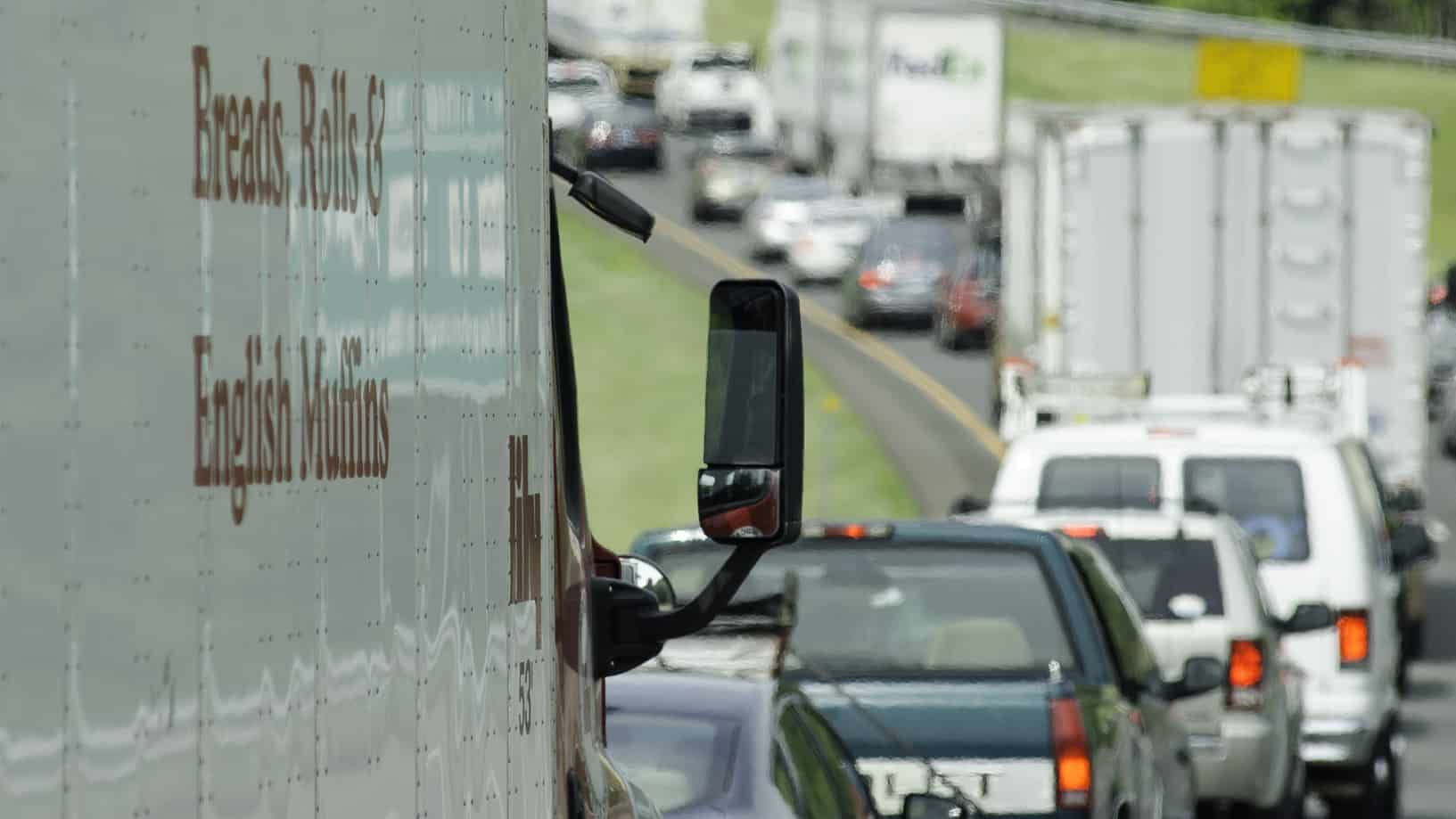 Today's pickup: Trucks merit no mention in analysis of road
