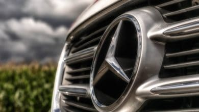 Mercedes-Benz collaborates on blockchain-based used car management platform (Photo: Pexels)