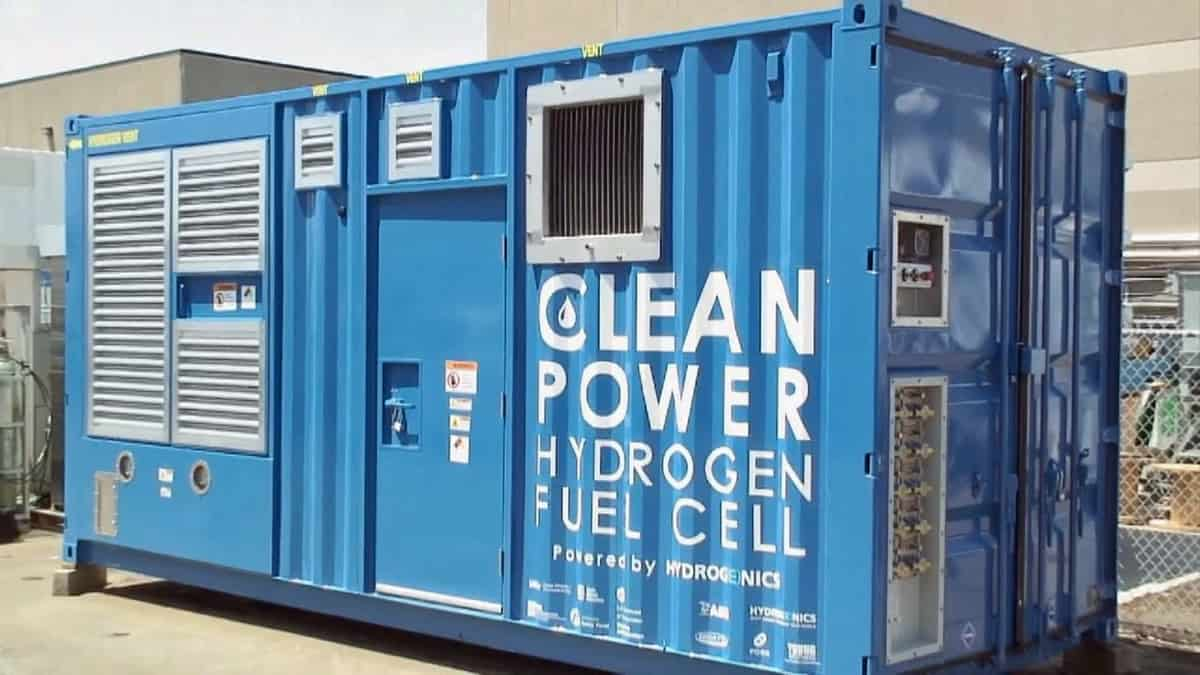Cummins closes $290 million acquisition of fuel cell maker