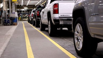 Photo of GM cuts production at Canadian plant as strike hits U.S. parts shipments