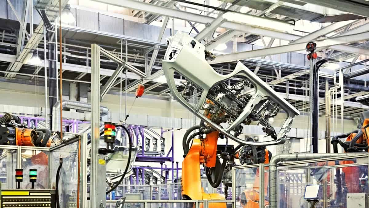 German auto parts suppliers' stare at insolvency over market downturn (Photo: Shutterstock)