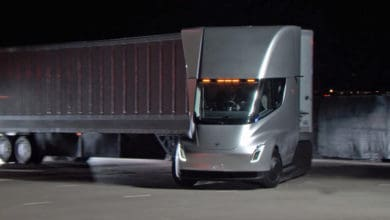 Photo of Tesla Semi electric trucks to roll into Frito-Lay plant