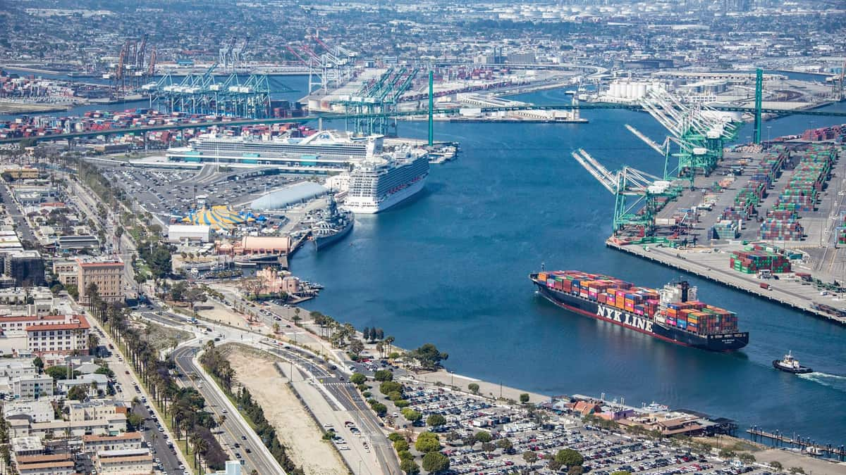Port of Los Angeles OKs report for West Basin Container Terminal ...