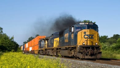 Shifting freight demand from truck to rail will improve air quality, study finds (Photo: Shutterstock)