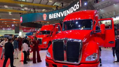 Photo of Borderlands: International trucking expo showcases Mexico; Guadalajara firm purchases 50 Kenworth trucks