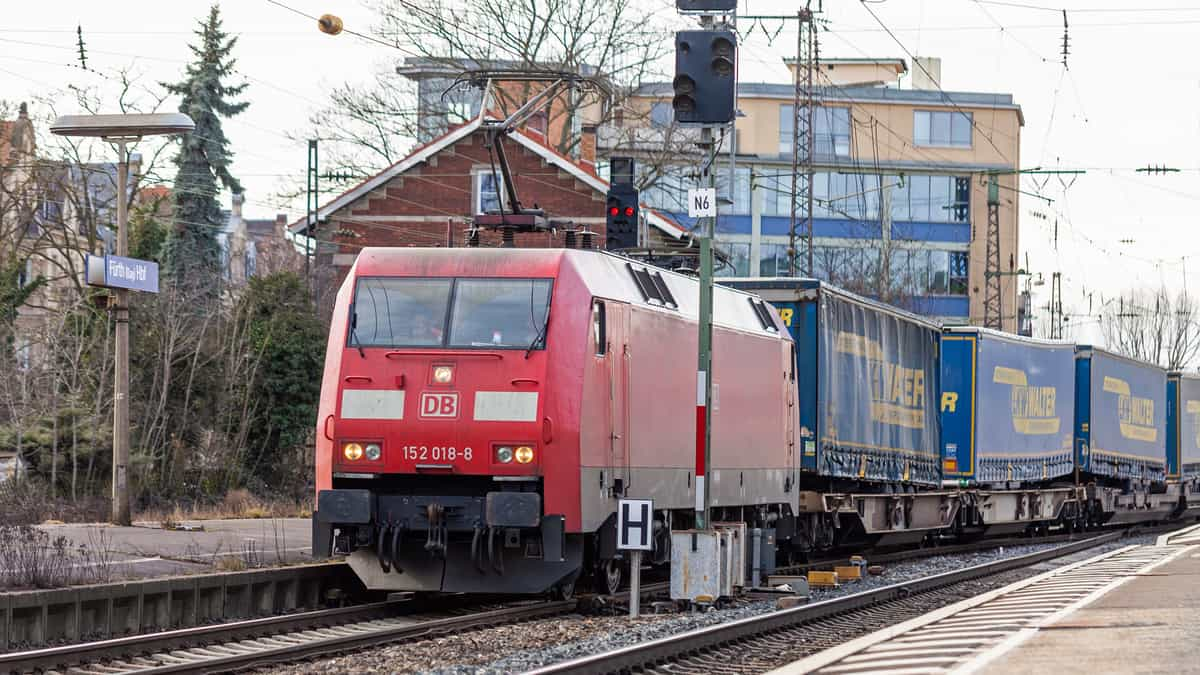 Why is Europe so absurdly backward compared to the U.S. in rail freight transport (Photo: Shutterstock)