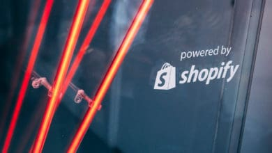 Photo of Shopify teases out fulfillment strategy after revenue surge