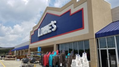 Photo of Lowe's announces plans to close more stores