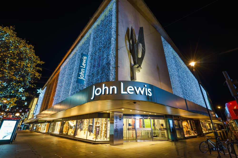 U.K. retailer John Lewis to use cow manure to power its delivery fleets (Photo: Shutterstock)