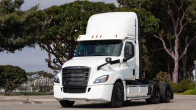 Photo of NFI, Penske reach electric-driving milestones with Freightliner test trucks