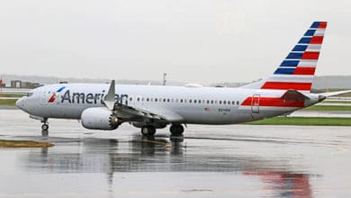A Boeing 737 MAX in American Airlines livery.