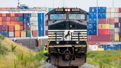 Photo of Norfolk Southern to idle hump at Enola yard