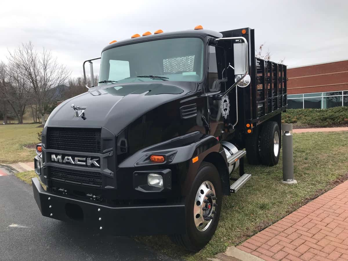 Mack medium duty truck
