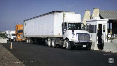 Photo of Borderlands: Laredo road ranks third for truck congestion in Texas; truck production in Mexico rises 19.8%