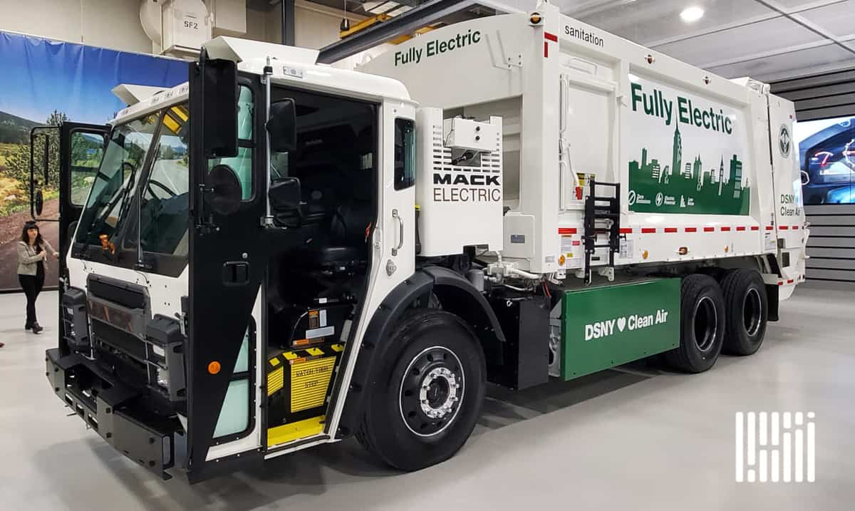 Mack LR Electric refuse truck