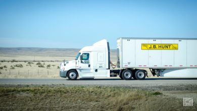 Photo of J.B. Hunt's earnings call highlights headwinds in brokerage and intermodal (with video)