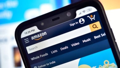 Bezos pledges $1 billion to digitize small businesses in India (Photo: Shutterstock)