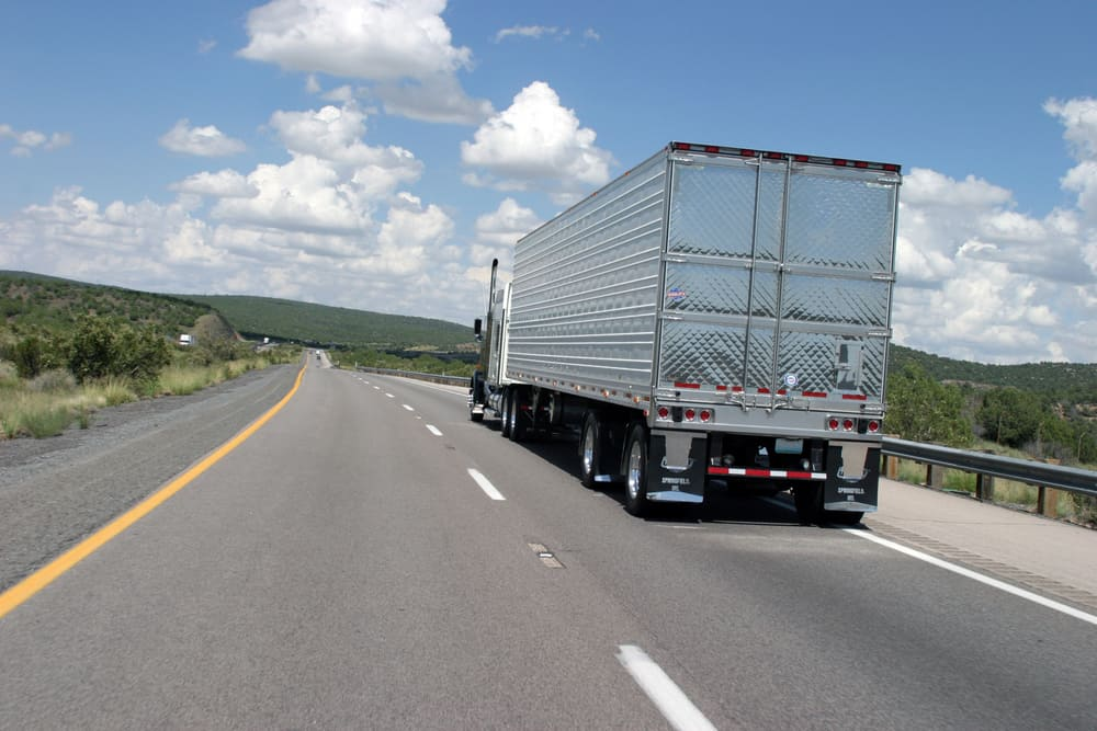 FourKites develops functionalities helping carriers control trucking operations data (Photo: Shutterstock)