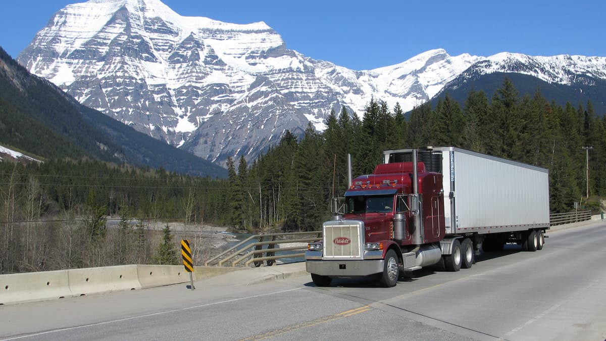 A tractor-trailer in British Columbia, Canada. (Photo: B.C. Ministry of Transportation and Infrastructure/Flickr)