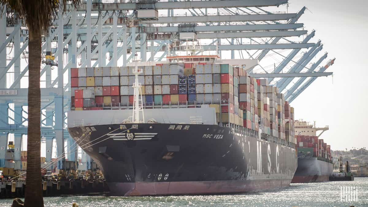 Four in five Americans view foreign trade as an opportunity (Photo: Jim Allen/FreightWaves)