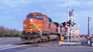 Photo of US lawmakers urged to address blocked grade crossings