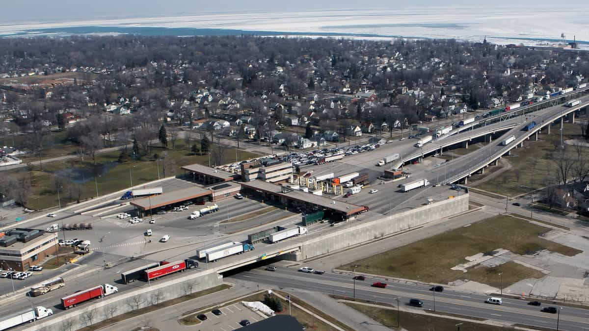 An aerial video of the U.S.-Canada border crossing at Blue Water Bridge links Port Huron, Michigan and Sarnia, Ontario