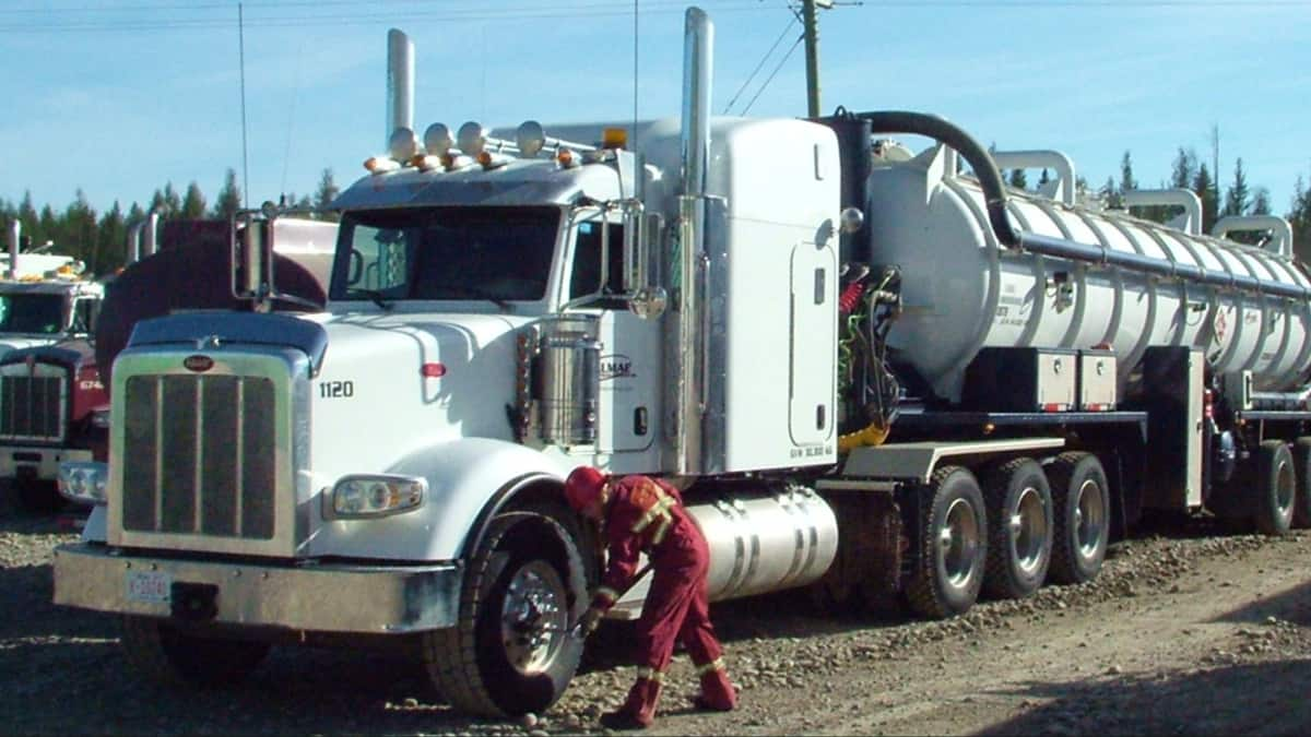 A tractor from Canadian oilpatch trucking company Dalmac