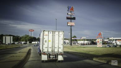 Photo of TravelCenters lays off more than 3,000 as full-service restaurants idled (Update 2)