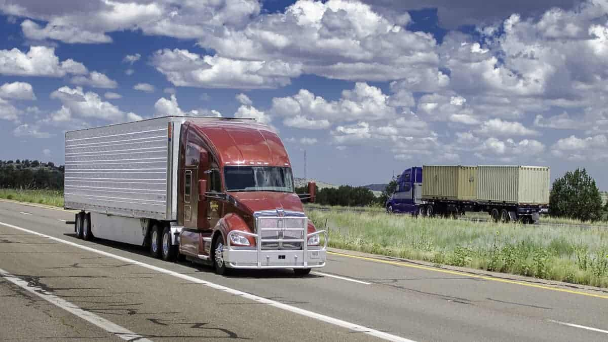 Comdata unveils QuickPay that ensures factoring for invoices in 24 hours (Photo: Jim Allen/FreightWaves)