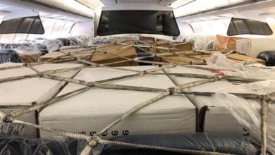 Photo of Commentary: Why airlines are giving freight the window seats