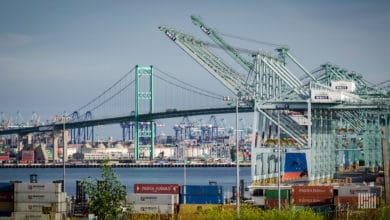 Photo of Port of LA March cargo volume drops nearly 31%