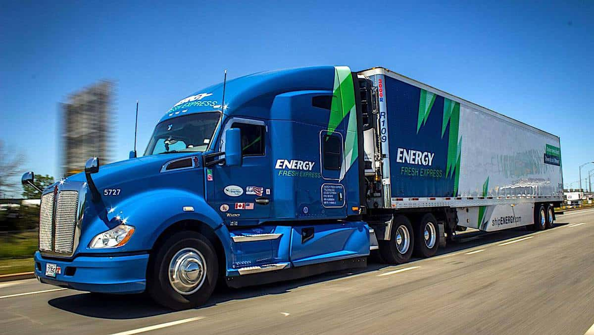 A tractor-trailer of Energy Transportation Group