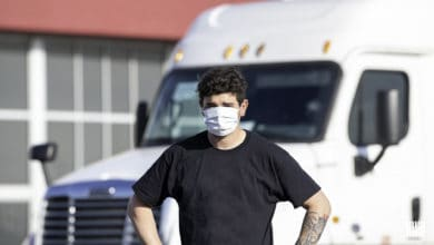Photo of CDC issues long-haul trucker COVID-19 guidelines