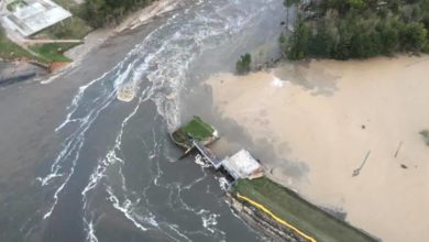 Photo of Dam failures cause record flooding in central Michigan