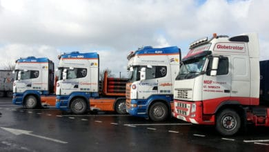 French trucks on break