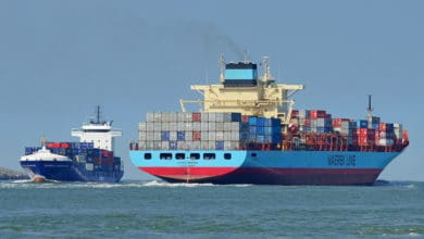 Photo of Disabled Laura Maersk headed to port