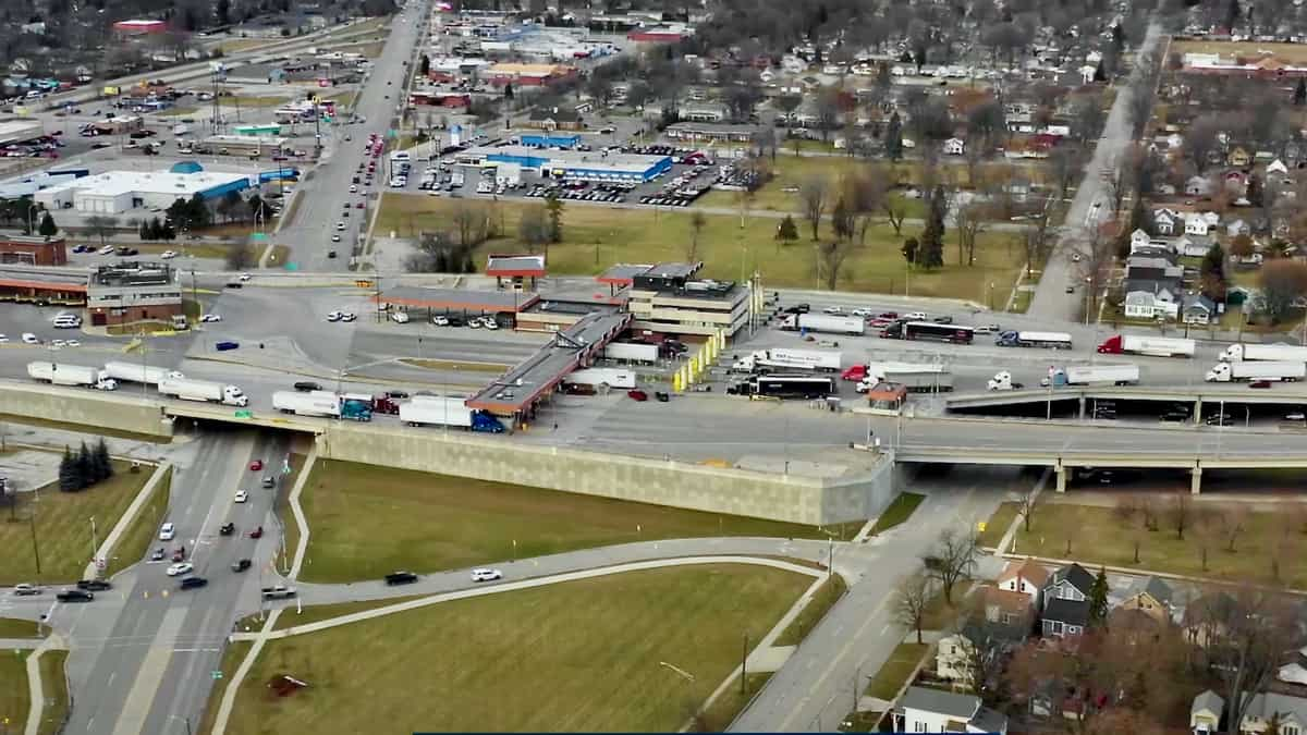 An aerial view of a Canadian border crossing with the U.S. The border is set to remain closed for non-essential travel until Aug 21.